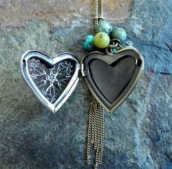 heart locket 2