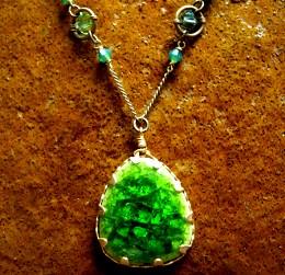 green ceramic N1